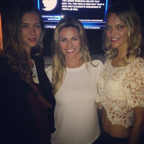 Powerful women rule! #TotalHotties #BrainsAndBeauty #ShesSoAmazing @erinandrews @courtney_creates #PowerfulWomen
