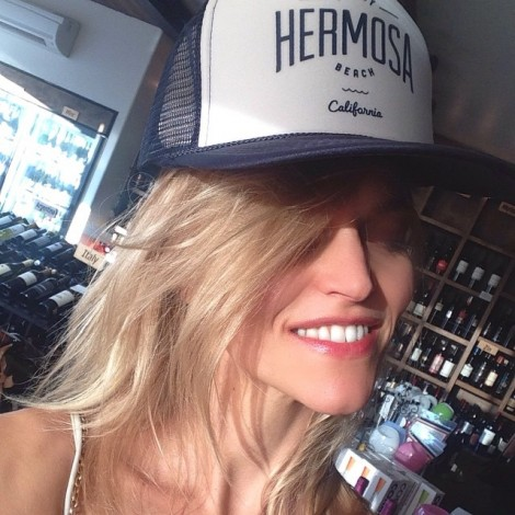 Even a fake smile releases #endorphins & makes you #happier #healthier & more #beautiful So #FakeIt until you #AreIt #Happy #ForReal #Smiling because #ILoveThisTown #TruckerHats #HermosaBeach #California #Sunshine #ILoveYou & #IAm #Happy & #Grateful ️