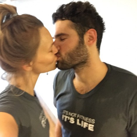 For the love of Fitness! ️#EquinoxMadeMeDoIt #Equinox #FitCouple #Gymspiration #GymLove #KissMe #Amour #EmbrasseMoi